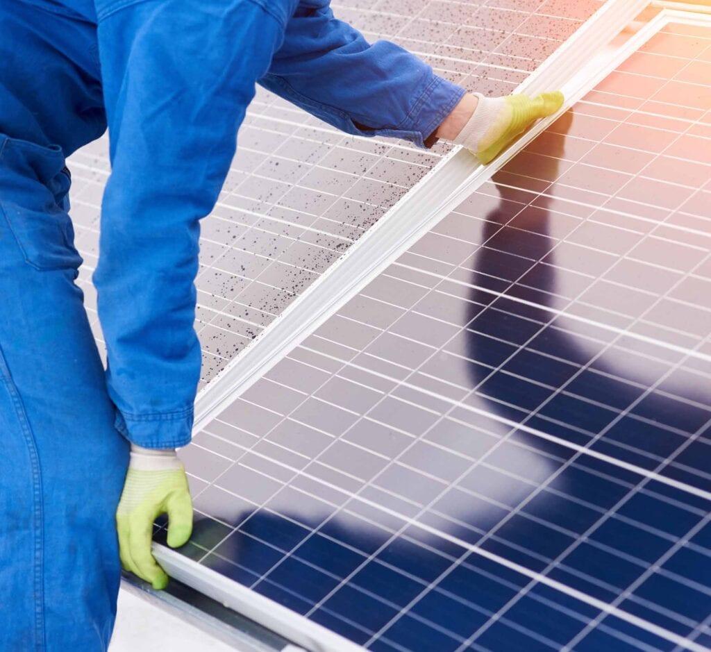 Assistenza caldaie Milano con pannelli fotovoltaici